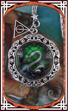 "Bookmark ""Green Snake"""