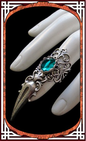 Claw Ring Emerald Green