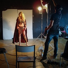🎬 Yesterday we almost made an aventure movie with great team : @jadwina @grey.lips and @flessimetati  🎬📷 #BehindTheScenes #Backstage #Photoshoot #Photoshooting #PhotoSet #PhotoStudio #PhotographyStudio #MovieSet