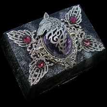 """🔮 """"THE GUARDIAN OF THE SACRED STONES"""" JEWELRY BOX available in my ETSY STORE 🔮 ♡ This is One-of-a-kind item ♡ ☆ ETSY LINK in BIO ☆ 🔮 #JewelBox #Wolf #MedievalStyle #JewelryBox #Pagan #Medieval #WolfJewelry #Amethyst #PurpleStone"""