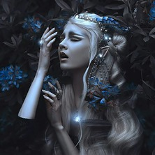 💎💙 Photographer @gracealmera Model @mariaamanda_official  Horns @tinkercast.official  Crown & Necklace @amonseuldesir_boutique  💙💎 #Draenei #Fantasy #Elves #ElfGirl #DarkFantasy #ElfCosplay #BlueElf #ElfBeauty #ElfEars #DragonHorns #FantasyGirl #BlueFlowers