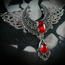 """🌒❤🌘 Gothic Necklace """"Moon Of Blood"""" available on ETSY  🌒❤🌘 ☆ LINK for ETSY in BIO ☆  🌒❤🌘 #GothicNecklace #CrescentNecklace #MoonNecklace #CrescentMoon #VampireNecklace #GothicStyle #Gothic #Crescent #VampireStyle"""