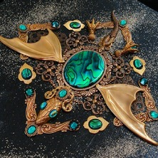 """🍃 """"EARTH DRAGON"""" JEWEL BOX available in my ETSY STORE  🍃 ♡ This is One-of-a-kind item ♡ ☆ LINK for ETSY in BIO ☆  🍃 #Dragon #GoldDragon #Abalone #PauaShell #Emerald #EmeraldGreen #DragonStyle #JewelBox"""
